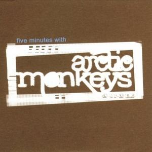 ARCTIC MONKEYS - Five Minutes With Arctic Monkeys