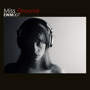 MISS GROOVE - Airport
