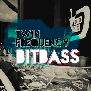 TWIN FREQUENCY - Bit Bass