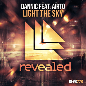 DANNIC feat AIRTO - Light The Sky