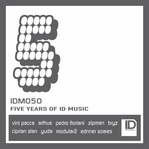 VARIOUS - Five Years Of ID Music
