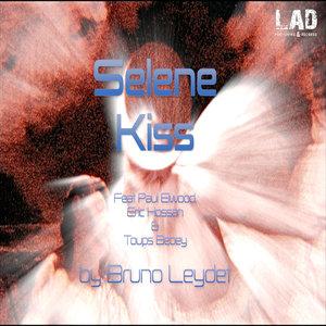 BRUNO LEYDET - Selene Kiss