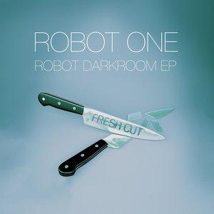 ROBOT ONE - Robot Darkroom