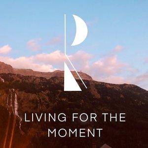 RIIGS - Living For The Moment (Original Mix)