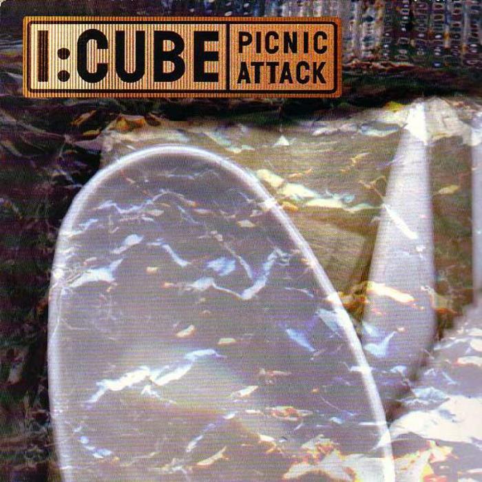 I CUBE - Picnic Attack