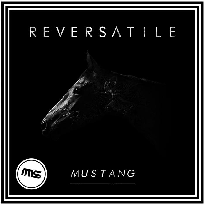 REVERSATILE - Mustang