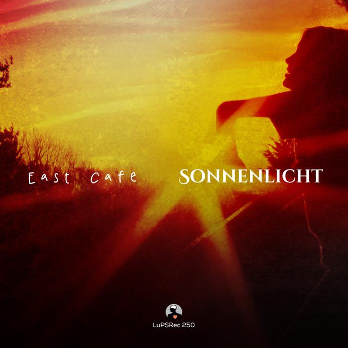 EAST CAFE - Sonnenlicht