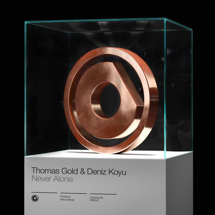 THOMAS GOLD & DENIZ KOYU - Never Alone