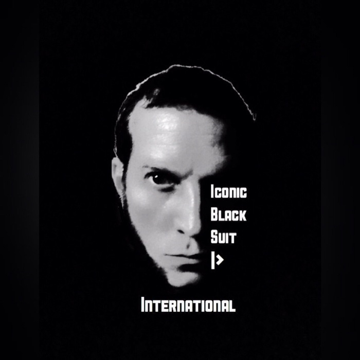ICONIC BLACK SUIT - International