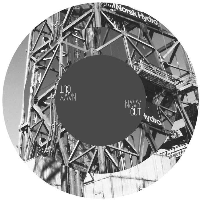 DISTINCT MOTIVE - Cessna Riddim/Iron Lung