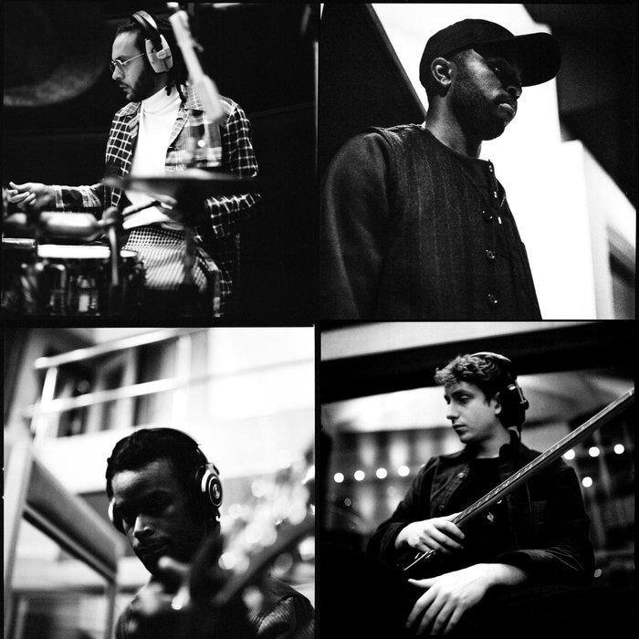 YUSSEF DAYES feat ALFA MIST/MANSUR BROWN & ROCCO PALLADINO - Love Is The Message