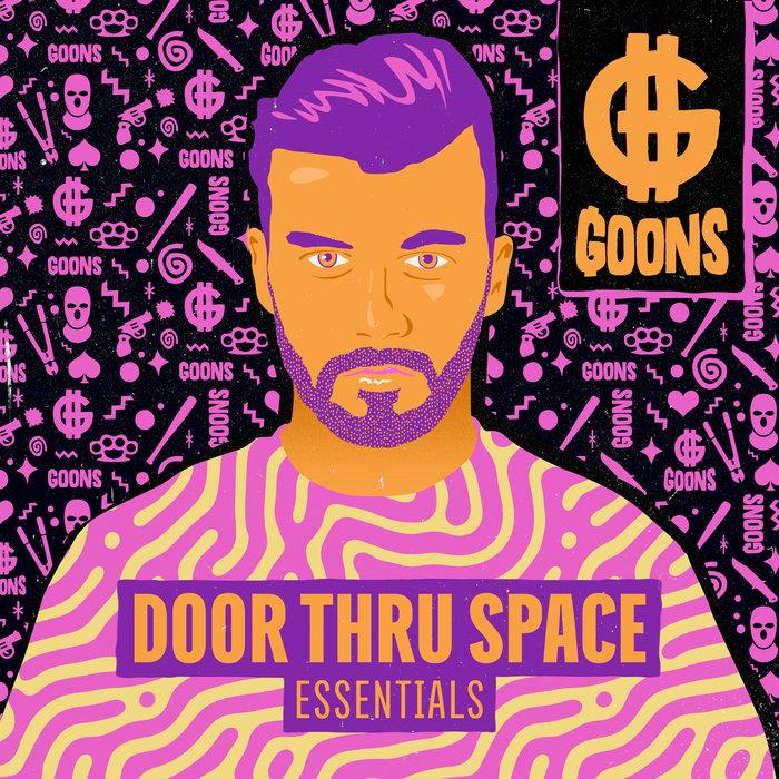 ESSENTIALS - Door Thru Space