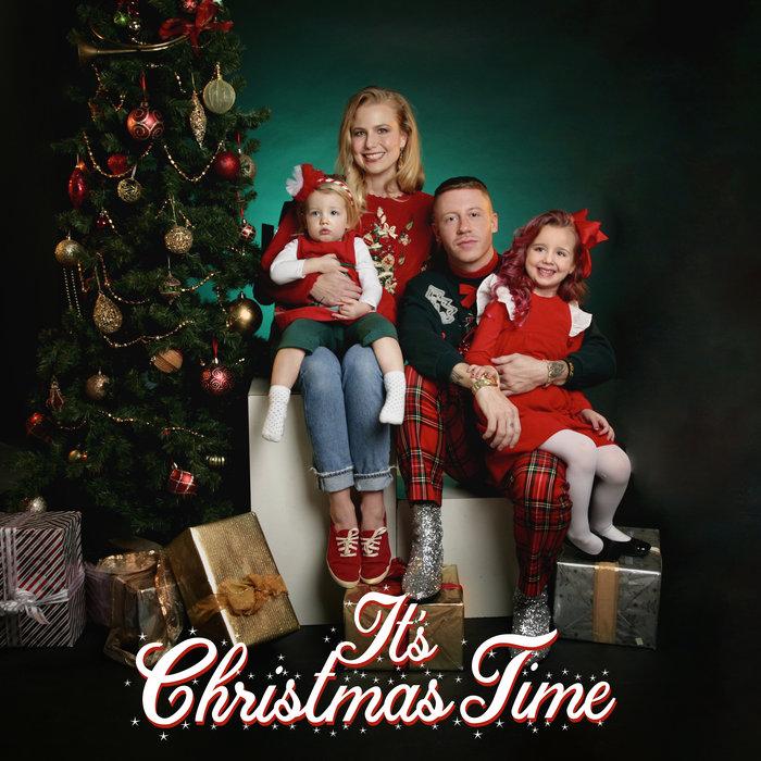 MACKLEMORE feat DAN CAPLEN - It's Christmas Time