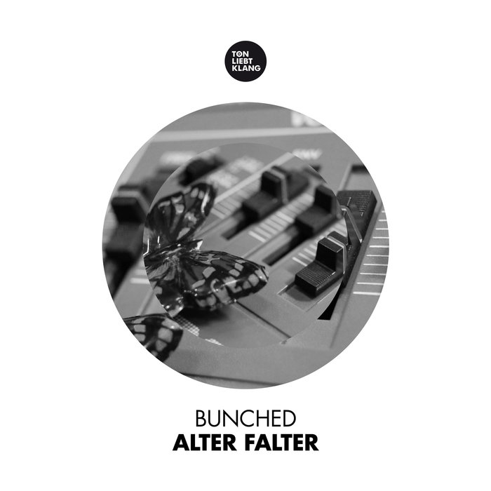 BUNCHED - Alter Falter