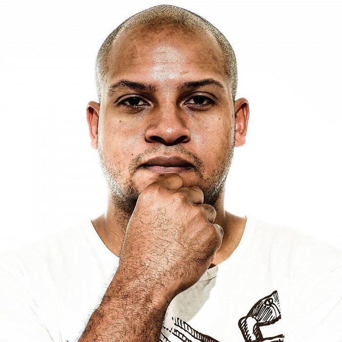 DJ KING JULIAN - Gotta Go To Chicago