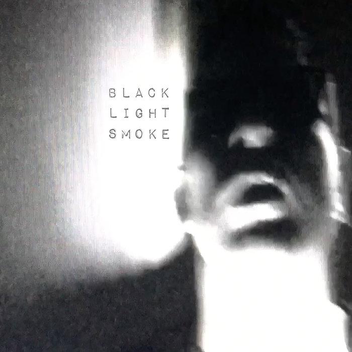 BLACK LIGHT SMOKE - Heat Flash