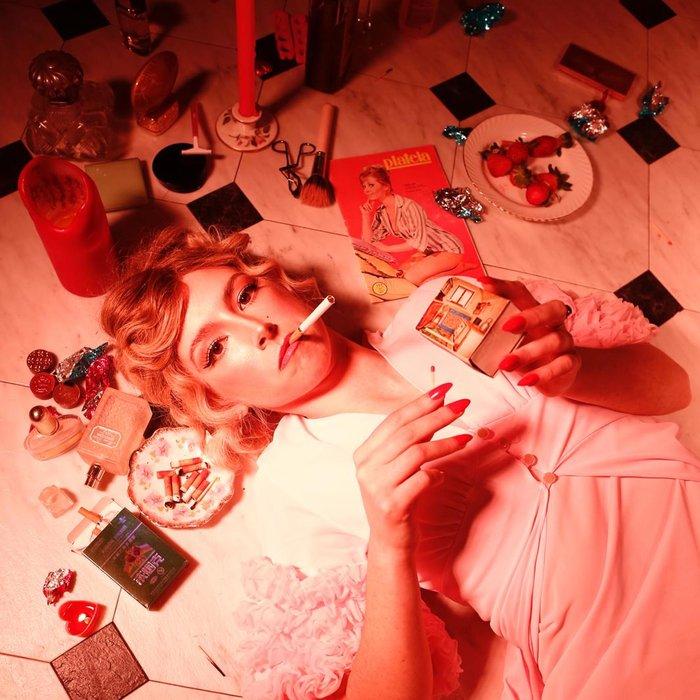 SODA BLONDE - Love Me World