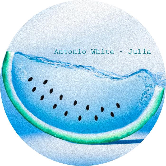 ANTONIO WHITE - Julia